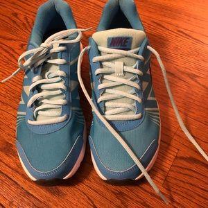 Nike Tennis Shoes Size 8 Lunar Forever 3 - So Cute